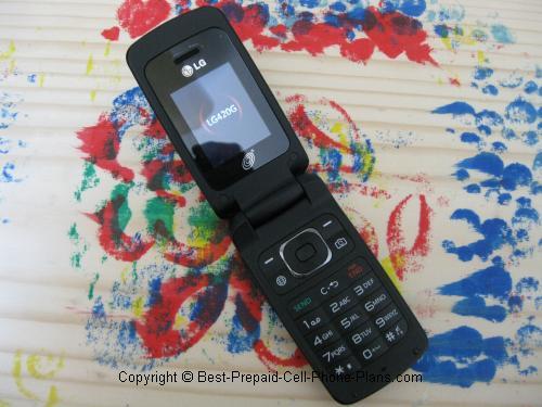 LG 420g flip phone