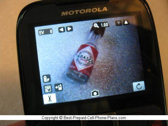 Motorola EX431g 2MP camera