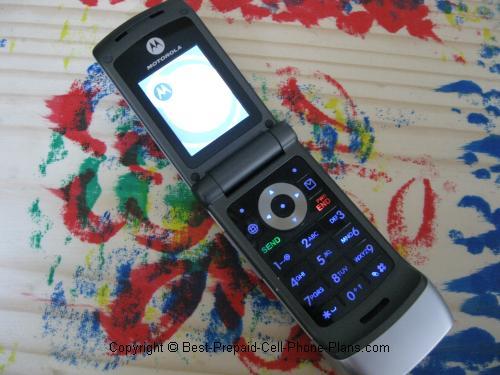 Motorola W376g flipped open