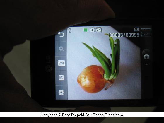 LG 840g 2MP Camera