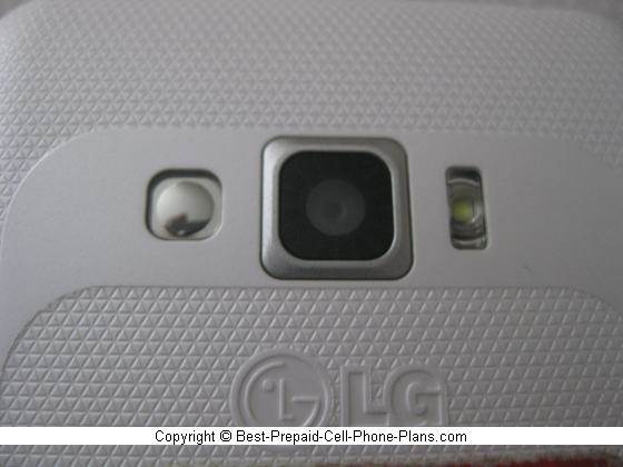 5 MP camera with LED flash